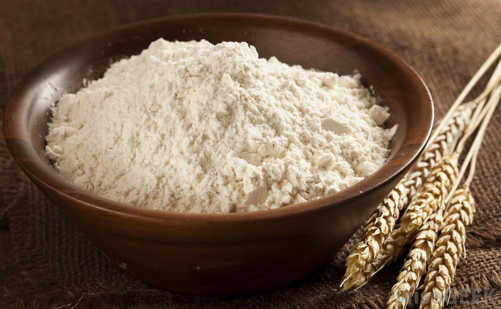 bowl-of-whole-grain-flour