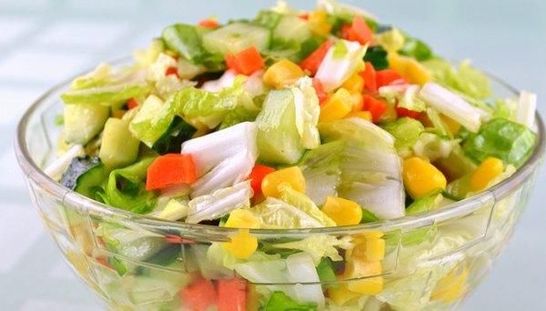 ovoshhnoy-salat-tsvetnoy