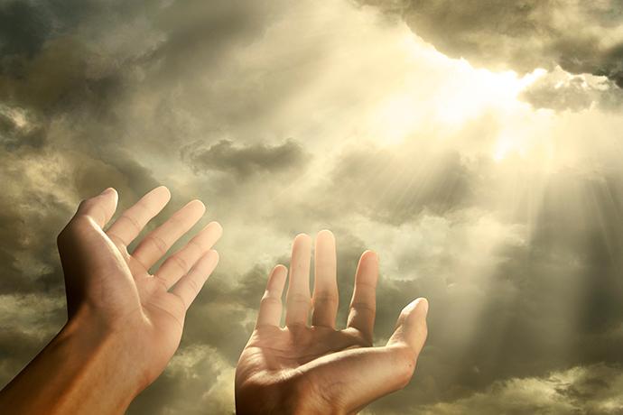 Почему Вселенная одним помогает, дает ответы и посылает знаки, а други